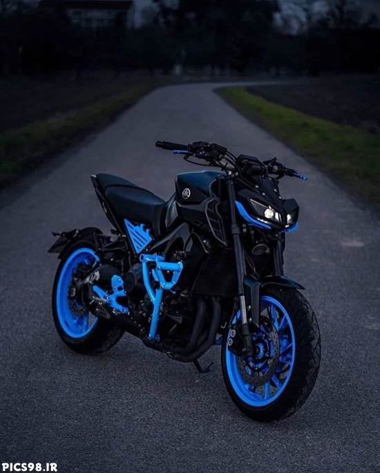 موتور خوشگل مشکی و آبی
